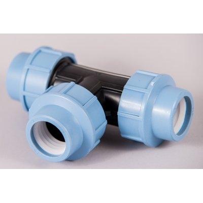 Plastová svěrná spojka - tvarovka 32x32x32mm T kus