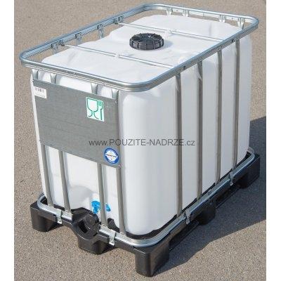 IBC nádrž 600L vypláchnutá 15cm na plastu